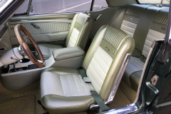 Ford-Mustang-V8-1965-Interior-Sitze-Sitzbank-Lenkrad-2
