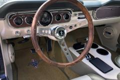 Ford-Mustang-V8-1965-Interior-Sitze-Sitzbank-Lenkrad-3