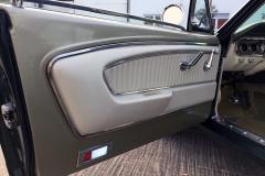 Ford-Mustang-V8-1965-Interior-Sitze-Sitzbank-Lenkrad-4