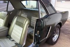 Ford-Mustang-V8-1965-Interior-Sitze-Sitzbank-Lenkrad-8