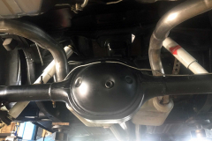 Ford-Mustang-V8-Achse-Stossdaempfer-2